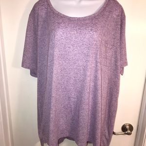 Tops - Great plus size tee with a pocket